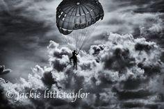 parachute dark couds B/W