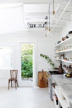 erin scott's whitewashed photography studio kitchen in Berkeley, California. / sfgirlbybay