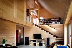 Holz100 house from Thoma is made with solid wooden dowels #holz100 #massive_wood