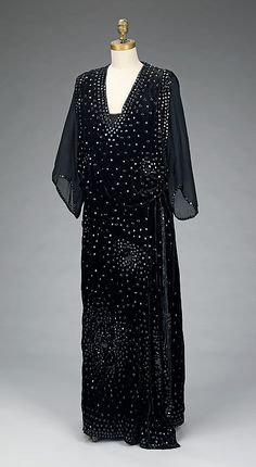 Dinner Dress Made Of Silk And Beads, Attribute To Jean-Philippe Worth And Jean-Charles Worth, The House Of Worth - French   c.1918-1920   -  The Metropolitan Museum Of Art