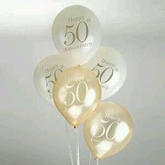 These lovely balloons will really add the finishing touch to any wedding or milestone anniversary party. Wedding Anniversary Celebration, Golden Wedding Anniversary, 50th Anniversary, Vintage Romance, Vintage Theme, 50th Party, Wedding Balloons, Wedding Stationery, Photo Booth