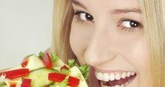 Bielkovinová diéta sľubuje úbytok až 8 kilogramov za mesiac. Vyskúšajte ju teda, ak sa potrebujete dostať do formy za krátky čas. Nikdy neviete, kedy príde večer s veľkým V a vy nebudete chcieť odhaľovať svoju povahu, ale skôr skryté tajomstvá fyzickej krásy... Watermelon, Food And Drink, Low Carb, Hair Beauty, Keto, Ale, Fruit, Fitness, Fotografia