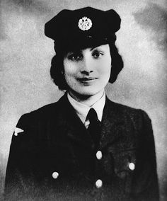 Tribute to an Indian princess who died for our freedom: Sculpture unveiled of spy tortured and executed by Nazis after refusing to betray Britain    Read more: http://www.dailymail.co.uk/news/article-2230082/Noor-Inayat-Khan-Statue-unveiled-commemorate-Britains-Muslim-war-heroine.html#ixzz2GI7mNMow   Follow us: @MailOnline on Twitter | DailyMail on Facebook