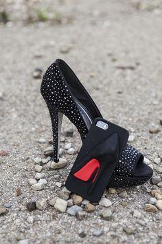 Idee regalo Natale 2014 per una donna di classe - http://www.2fashionsisters.com/idee-regalo-natale-2014-donna-di-classe/ - 2 Fashion Sisters Fashion Blog - #Bijoux, #Cover, #IPaint, #IdeeRegaloNatale, #Loriblu, #NarcisoRodriguez, #Profumo, #Rolex, #SandaloGioiello