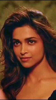 Indian Actress Hot Pics, Bollywood Actress Hot Photos, Actress Pics, Bollywood Girls, Beautiful Bollywood Actress, Beautiful Indian Actress, Deepika Padukone Movies, Deepika Padukone Style