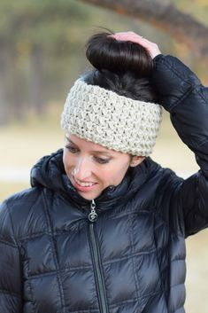 If you haven't already seen one of the hottest trends that's hit the knit and crochet world, let me tell!  The messy bun hat, beanie, ear warmer, headband or whatever it is has become the perfect accessory for us gals with pony tails and buns to still keep our head warm. Most of these are actually a hat of sorts that feature a hole at the top through which you can put your pony tail or bun. It is certainly practical and I think my mom told me to make one of these last year.  I didn...