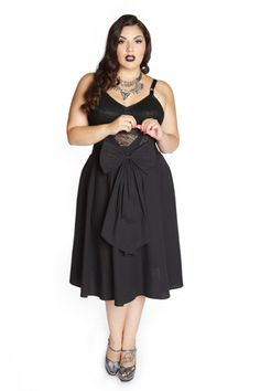 Domino Dollhouse - Plus Size Clothing: Bow Baby Skirt in Black