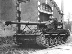 French light tank AMX-13 90
