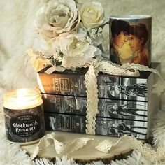Continuing my celebration of #OTP s  You all knew Will and Tessa are one of my absolute favorites and I had to gush about them today! I LOVE these two and I love the Infernal Devices . . Clockwork Romance candle by @inthewickoftime .  Will and Tessa mug by @taratjah and this design is available in her S6 shop . #wessa #theinfernaldevices #cassandraclare #clockworkangel #clockworkprince #clockworkprincess #bookstagram #onetruepairing #shadowhunters #inthewickoftime #taratjah #fanart