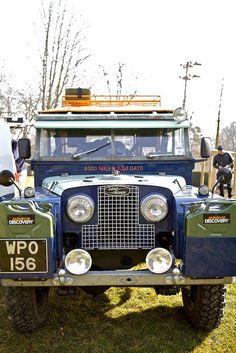 Land Rover | Vintage blue Defender