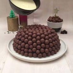 Easy Cake Recipes - New ideas Easy Cake Recipes, Sweet Recipes, Baking Recipes, Dessert Recipes, Chocolate Cake Recipe Easy, Bolo Chocolate, Chocolate Videos, Food Cakes, Diy Food