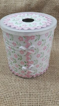 Amazing Ideas To Decoupage Tin Can Planters Tin Can Crafts, Jar Crafts, Bottle Crafts, Home Crafts, Diy And Crafts, Recycle Cans, Diy Cans, Decoupage Tins, Recycled Crafts
