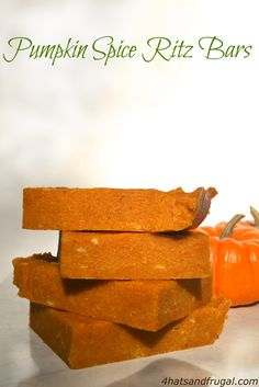 Pumpkin Spice Ritz Bars | a no-bake dessert that's perfect for fall potluck dinners!