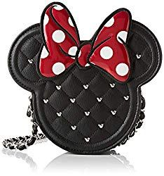 Minnie Mouse Crossbag Purse. Things to pack for vacation. Universal Orlando Packing List. What to pack for amusement park. #vacationpackingchecklist #universalorlando #themepark #orlando #florida #universalstudios #disneyworldplanning