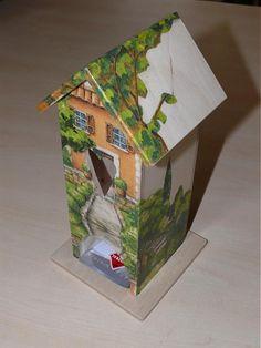 ZuzaKalix / Domček na čaj - držiak na čaj v tvare rozkošného domčeka :) Decoupage, Bird, Outdoor Decor, Home Decor, The Creation, Creativity, Decoration Home, Room Decor, Birds