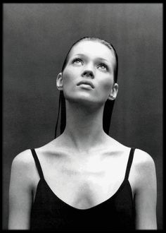 Kate Moss by Patrick Demarchelier Harper's Bazaar July 1993 Mario Sorrenti, Patrick Demarchelier, Kate Moss, Richard Avedon, Shooting Studio, Portrait Photography, Fashion Photography, Heroin Chic, Queen Kate