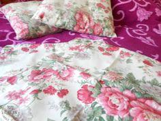 poszewka Comforters, Blanket, Retro, Bed, Home, Creature Comforts, Quilts, Stream Bed, Rug