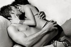 Hoe houd je je relatie spannend? Door af en toe een spannende high class escort te boeken voor een sensuele threesome!