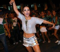 Wanessa Camargo mostra gingado e boa forma em ensaio no Rio #Cantora, #Carnaval, #Desfile, #Ensaio, #Filha, #Gretchen, #Hoje, #Instagram, #Kelly, #KellyKey, #Key, #Lego, #M, #Mocidade, #Musa, #Noticias, #Preta, #PretaGil, #Prévia, #RainhaDeBateria, #RioDeJaneiro, #Wanessa, #WanessaCamargo http://popzone.tv/2017/02/wanessa-camargo-mostra-gingado-e-boa-forma-em-ensaio-no-rio.html