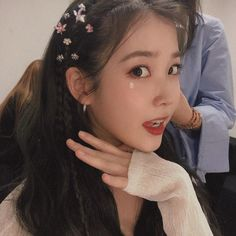 Image uploaded by ★𝖇𝖆𝖊𝖐𝖍𝖞𝖚𝖓'𝖘 𝖌𝖋 我心. Find images and videos about kpop, girls and korean on We Heart It - the app to get lost in what you love. Iu Twitter, Iu Fashion, Kpop Aesthetic, Hair Inspo, Girl Crushes, Kpop Girls, Korean Girl, Korean Women, Cool Girl