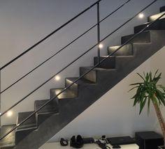 Garde-corps métallique en plats acier. Architecture et décoration contemporaine. Art Métal Concept - Quimper