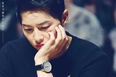 Why are you so sad Song? All Korean Drama, Korean Drama Romance, Song Joong Ki Cute, Soon Joong Ki, Descendents Of The Sun, A Werewolf Boy, Songsong Couple, Sungkyunkwan Scandal, Song Play