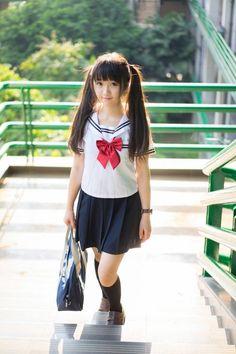 Japanese School Uniform Girl, School Girl Japan, School Girl Outfit, School Uniform Girls, Girls Uniforms, Japan Girl, Asian Cute, Cute Asian Girls, Cute Little Girls