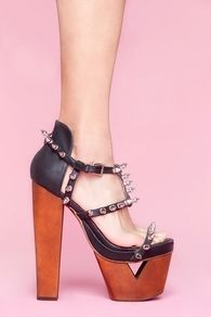 shoes by nasty gal