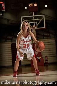 SENIOR PICTURES BASKETBALL