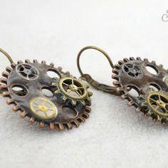 Boucles d'oreilles steampunk.