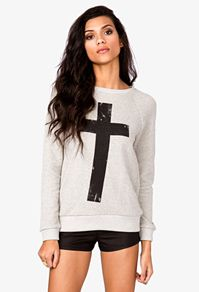 French Terry Cross Pullover from Forever Saved to clothes. Pretty Outfits, Beautiful Outfits, Cute Outfits, Hoodie Sweatshirts, Hoodies, Spring Summer Fashion, Autumn Fashion, Cross Shirts, Passion For Fashion