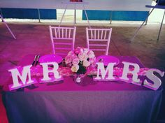 wedding idea MR AND MRS ....DIY