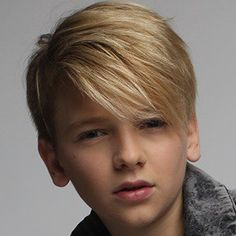 sweet boys is beautiful look at this boys Young Boy Haircuts, Cute Boys Haircuts, Boys Haircut Styles, Teen Boy Hairstyles, Boy Haircuts Long, Toddler Haircuts, Little Boy Haircuts, Shaggy Haircuts, Cool Hairstyles