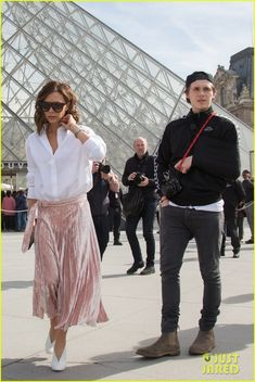 Victoria Beckham Visits the Louvre with Brooklyn & His Ex