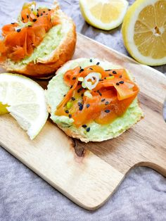 Raw vegan carrot lox recipe! This is the perfect recipe to make for a brunch, so tasty and flavorful it will make you forget smoked salmon!