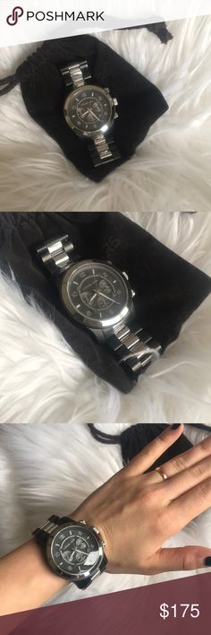 Michael kors oversized gunmetal&silver men's watch Great condition. Needs a new battery but can be done for around $10-15 at a watch store or jeweler. Unisex watch. Reasonable offers welcomed 💕 Michael Kors Accessories Watches