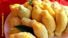 Fursecuri Lamaite Onion Rings, Food And Drink, Macarons, Pastries, Ethnic Recipes, Youtube, Christmas, Kitchens, Salads