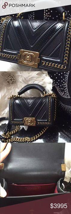CHANEL- Boy Bag- black and gold Chanel boy bag flap bag black and gold. Women's Chanel large flap shoulder bag. CHANEL Bags Shoulder Bags