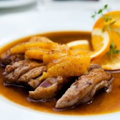 Wining & Dining: Seared Duck Fillet In Orange Sauce Duck Recipes, Turkey Recipes, Chicken Recipes, Chicken Enchilada Pasta, Main Meals, Pot Roast, My Favorite Food, Food And Drink, Dishes