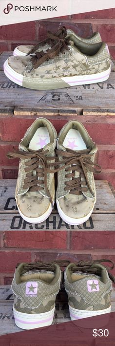 6b9eff6d62a6 Converse one star sneakers Army green sneakers with bird print in good  preloved condition. Converse