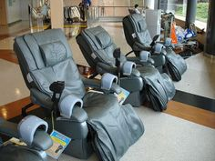 """A massage chair: """"Unless you're a professional athlete with a masseuse on staff, or similar, you're not going to pay for massage at anywhere near this frequency. Massage Benefits, Health Benefits, Effects Of Stress, Infection Control, Stress Causes, Good Massage, Improve Blood Circulation, Body Organs, Massage Techniques"""