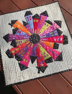 ~A very modern take on the Dresden Plate Dresden Neighborhood by Karen Thompson Dresden Plate Patterns, House Quilt Patterns, House Quilt Block, House Quilts, Barn Quilts, Quilt Blocks, Dresden Quilt, Small Quilts, Mini Quilts