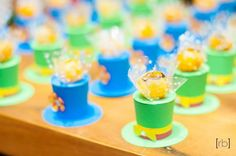 Porta docinhos Tema Patati Patata <br>Papel 180 gramas <br>2,00 unidade <br>Podemos aumentar o tamanho para colocar mini cupcake . Valor 4,00 unidade.