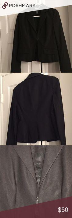 Laundry Shelli Segal Black Jacket Look stylish at work in this Laundry Shelli Segal Black Jacket! Great condition. Laundry by Shelli Segal Jackets & Coats Blazers