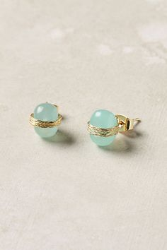 8. SIMPLE STUD EARRINGS.Anthropologie