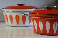 Catherine Holm Vintage Enamelware Dutch Oven