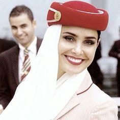 Emirates stewardess @gia_lifestyle