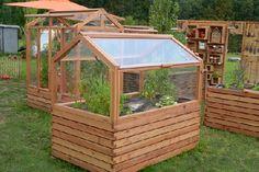 Gardenplaza - Mit einem Hochbeet kommen Hobbygärtner früher auf den Geschmack - Hoch hinaus beim Gemüse-Anbau