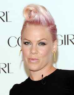 Pink Singer | Pink Singer P!nk is announced as the newest face of COVERGIRL ...TO SHELL STEWARD.