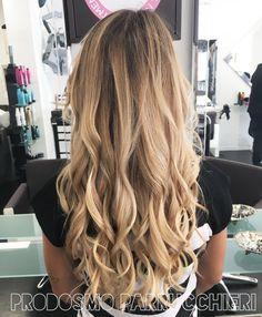 Balayage biondo freddo | Idee per capelli | Hair, Hair ...
